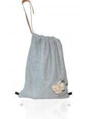 AILEY.8 キャンバス素材で、キャリーオール、クラッチとして使えるバッグ